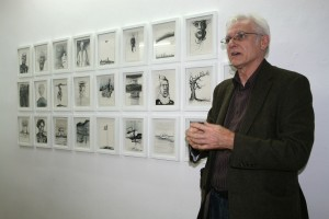Bryan Biggs with his work @ the Frieraum