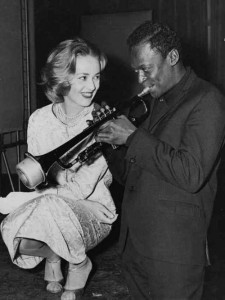 In December of 1957, Miles Davis journeyed to France to record the score to the director Louis Malle's film Ascenseur pour l'échafaud, and meets Jeanne Moreau