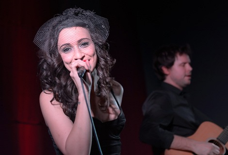 Lindi Ortega, Tom Hickox: Leaf Tea Shop, Liverpool. Photo: Simon Lewis for getintothis