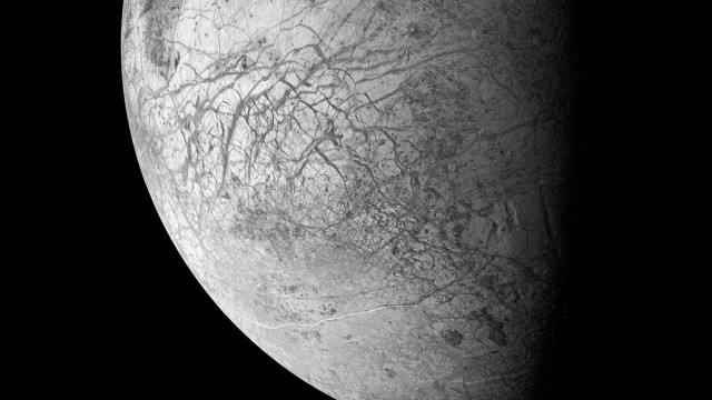 Michael Benson. Otherworlds: Visions of our Solar System @ Natural History Museum, London, 22 January-15 May 2016