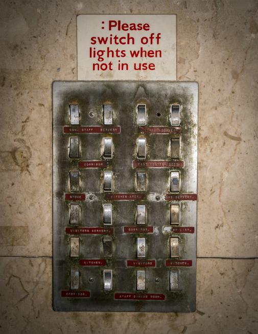 oldcanteenlightswitch-pilkingtons-lrg