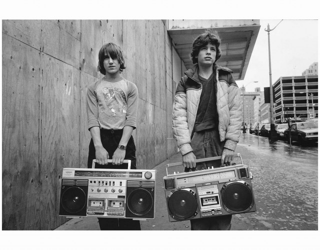 Mary Ellen Mark, White Junior and Justin, 1983, gelatin-silver print, Howard Greenberg Gallery.
