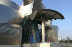 Museo Guggenheim Bilbao, image courtesy Linda Pittwood