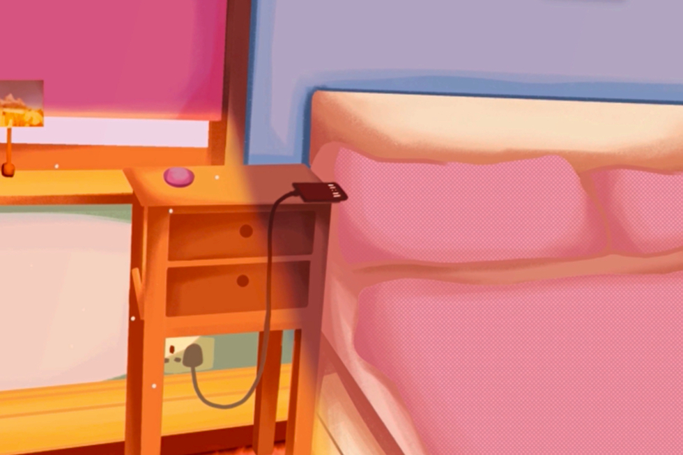 LucyT-I-phone-bedside-web